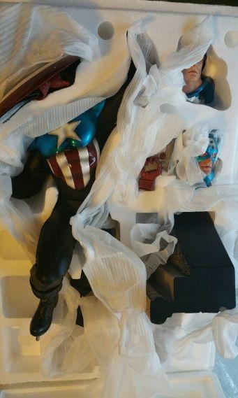 Sideshow-Collectibles-Captain-America-James-bucky-Barnes-Premium-_57