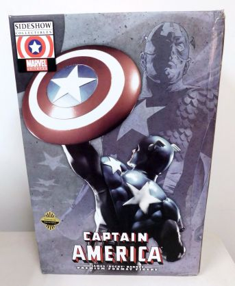 Sideshow-Exclusive-Captain-America-James-Bucky-Barnes-Premium-_57 (1)