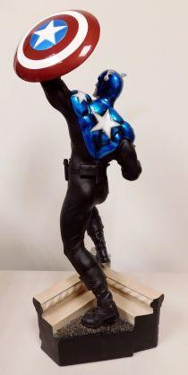 Sideshow-Exclusive-Captain-America-James-Bucky-Barnes-Premium-_57 (3)