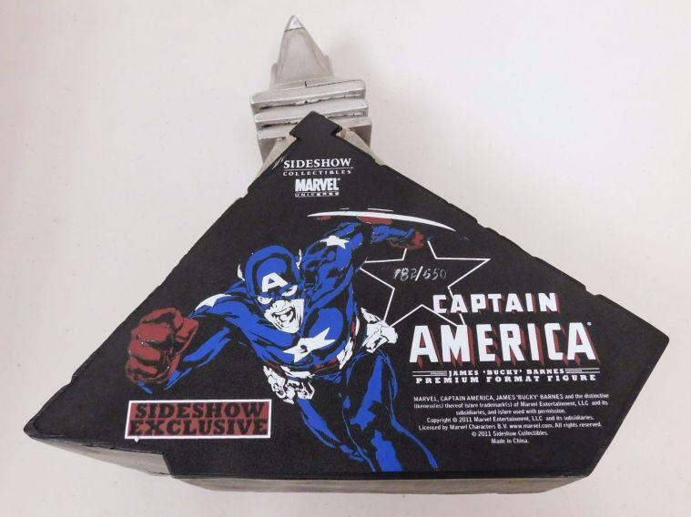 Sideshow-Exclusive-Captain-America-James-Bucky-Barnes-Premium-_57