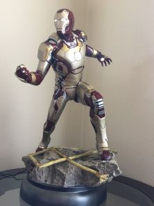 Sideshow-Exclusive-Iron-Man-Mark-42-Maquette-1-4-_57 (1)