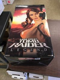 Sideshow-Exclusive-Lara-Croft-Tomb-Raider-Legend-Premium