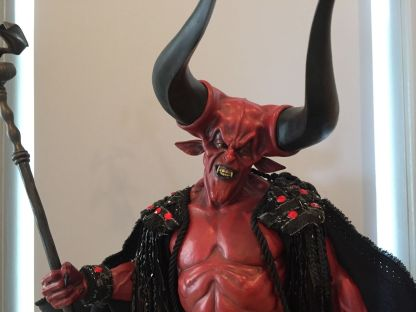 Sideshow-Lord-Of-Darkness-Exclusive-Premium-Format-_57 (3)