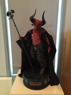 Sideshow-Lord-Of-Darkness-Exclusive-Premium-Format