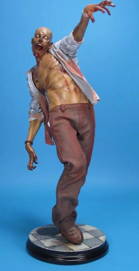 Sideshow-Patient-Zero-Sold-Out-Statue-new-never