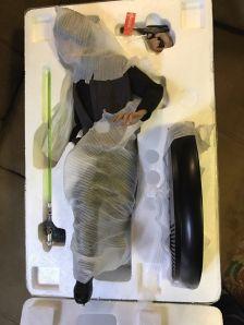 Sideshow-Star-Wars-Premium-Format-Luke-Skywalker-Jedi-_57