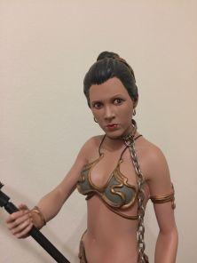Slave-Leia-Sideshow-Premium-Format-Statue-Star-Wars-_57 (2)
