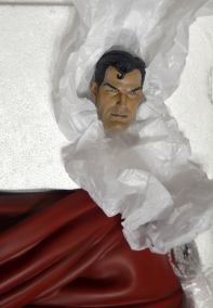 SUPERMAN-RED-SON-25-Premium-Format-Statue-172-_57 (2)