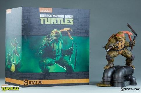 teenage-mutant-ninja-turtles-michelangelo-statue-200465-24