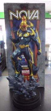 BOWEN-DESIGNS-NOVA-MODERN-VERSION-STATUE-MARVEL