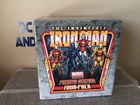 Invincible-Iron-Man-4-Pack-Marvel-Comics-Statue