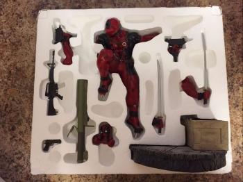 Kotobukiya-Deadpool-Fine-Art-Statue-_57 (3)