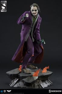 Sideshow-Premium-Format-The-Dark-Knight-JOKER-Statue-_57