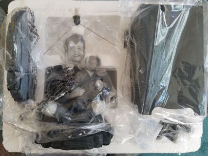 Tweeterhead-Munsters-Eddie-Munster-Black-and-White-Maquette-_57 (1)