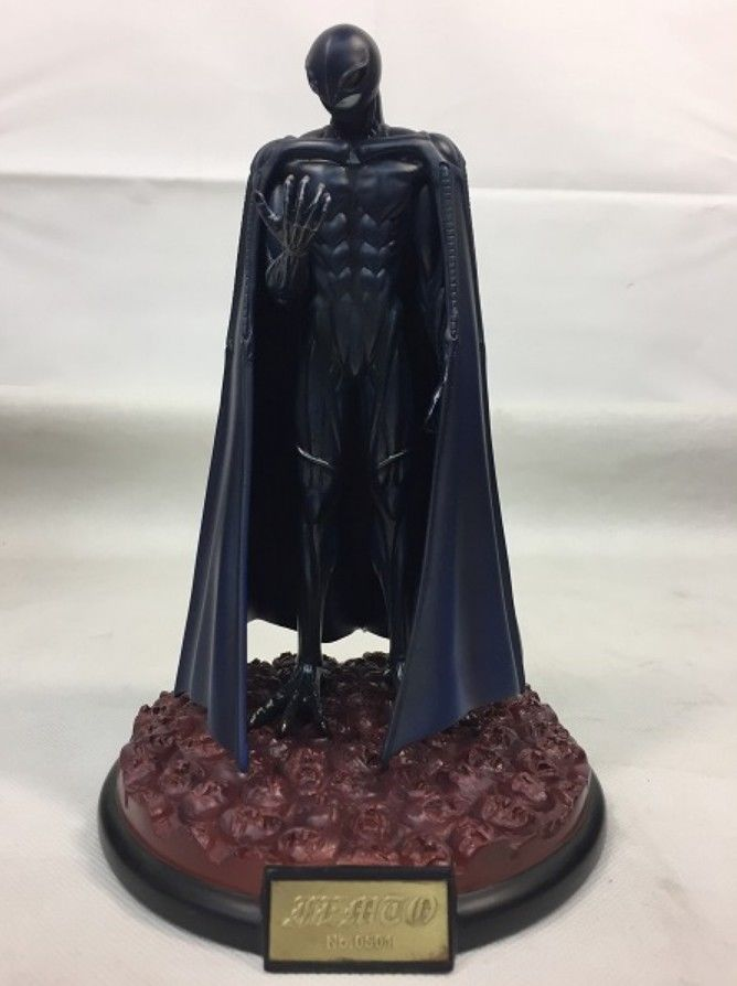 2001-ART-OF-WAR-BERSERK-Griffith-Femto-statue