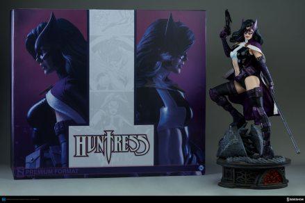 dc-comics-huntress-premium-fromat-figure-sideshow-300288-28