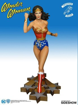dc-comics-wonder-woman-statue-tweeterhead-902973-01
