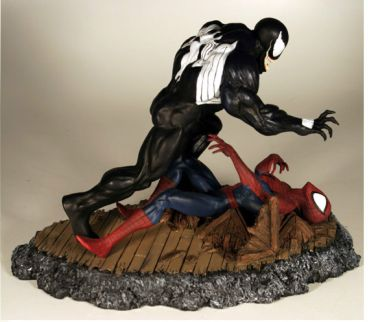 DYNAMICS-FORCES-AMAZING-SPIDER-MAN-vs-VENOM-316-Diorama