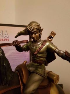 Link-on-Epona-Exclusive-Statue-30-First-_57