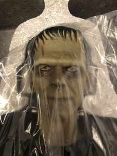 FRANKENSTEIN-1-4-FIGURE-STATUE-Sideshow-Collectibles-_57 (3)