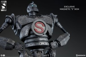 the-iron-giant-maquette-sideshow-4002871-01